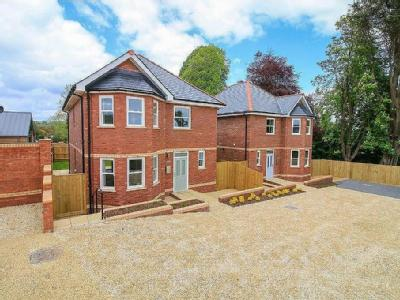 Brimley Road, Bovey Tracey - Detached