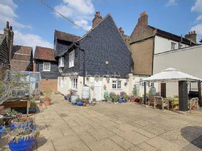 High Street, Rochester, ME1 - Listed