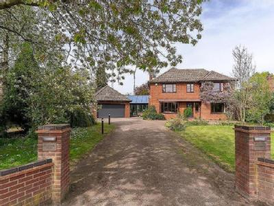 Little Melton, NR9 - Double Bedroom