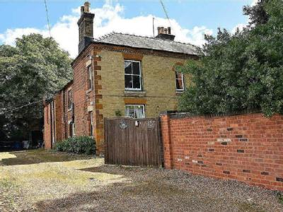 Vale Cottage, 15 Park Road, Irthlingborough