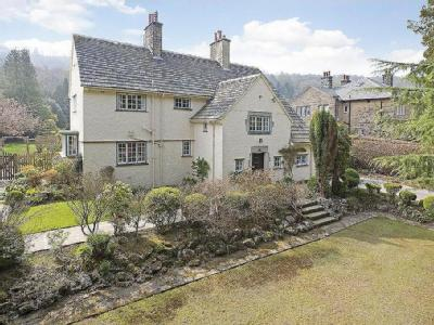 Hebers Ghyll Drive, Ilkley - Detached