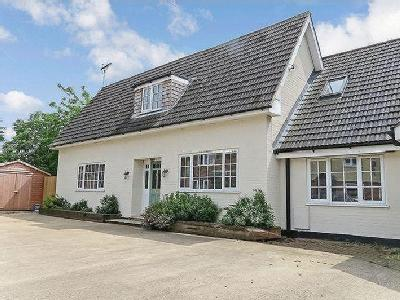 House for sale, Central Bourne