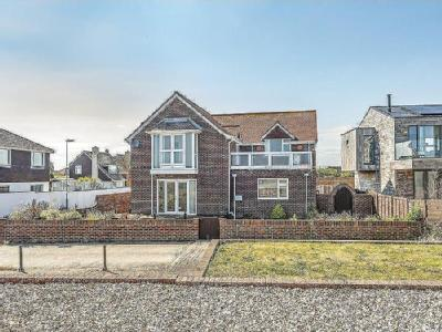 East Beach Road, Selsey, PO20