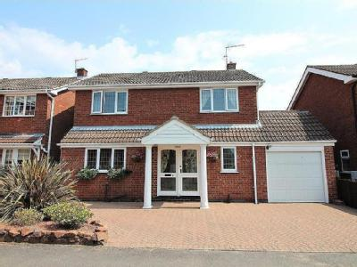 Troon Close, Kimberley, Nottingham, NG16