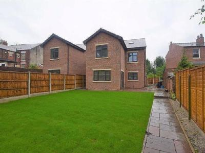 Stocks Lane, Stalybridge - Detached
