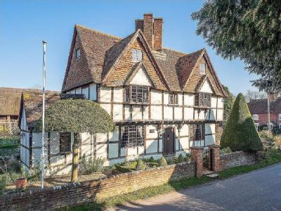 Main Road, East Hagbourne - Listed