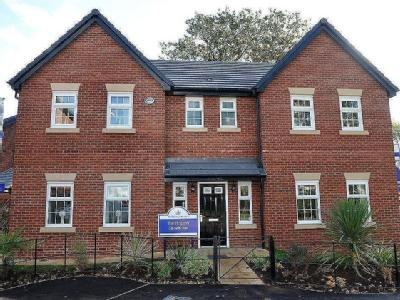 House for sale, Park Lane - Detached