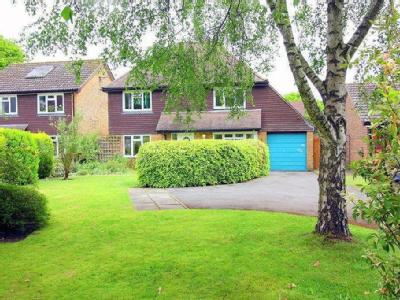 Knowle Lane GU6 Cranleigh Property Houses For Sale In