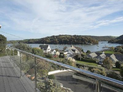 Riverside Road, Dittisham, Dartmouth, Tq6