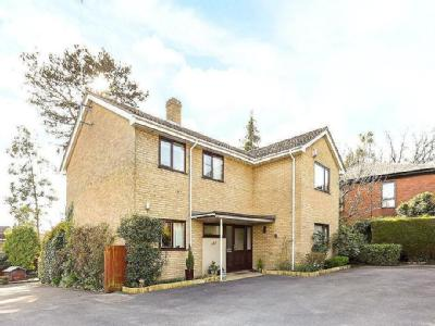 London Road, Charlton Kings, Cheltenham, Gloucestershire, Gl52