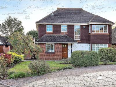 Ripley Close, Bromley BR1 - Detached