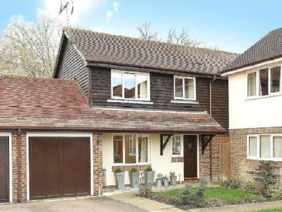 Old Barn Close, Kemsing, Sevenoaks, Kent, TN15