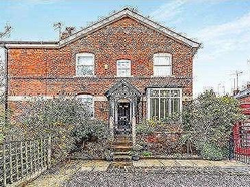 Dingle Terrace, Ashton-under-lyne, OL6
