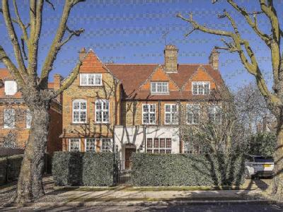 Wadham Gardens, Primrose Hill, London, NW3