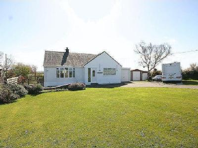 Cemaes Bay, Anglesey - Bungalow