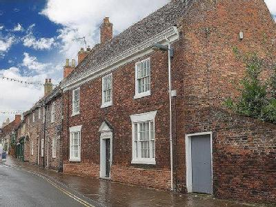 Fleetgate, Barton-Upon-Humber, DN18