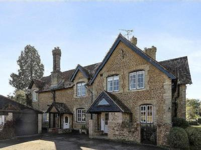 Burford Lodge, Burford Lea, Elstead, Godalming, GU8