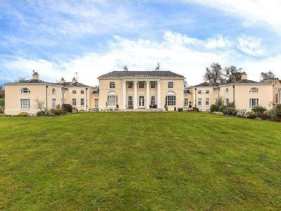 Digswell House, Monks Rise, Welwyn Garden City, Hertfordshire