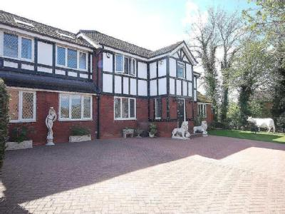 House for sale, Sunniside - Detached