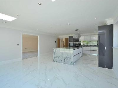 House for sale, Newport Road - Modern