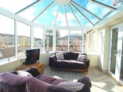 House for sale, Eleanors Way - Patio
