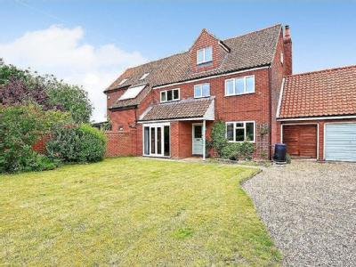 House for sale, Lodge Road - Garden