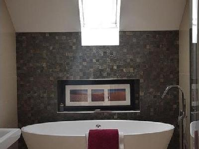 House for sale, Wyatts Lane - Hot Tub