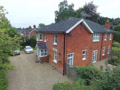 House for sale, Verwood - Fireplace