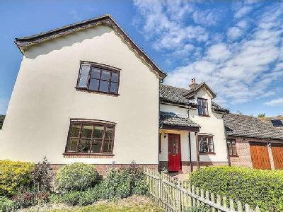 House for sale, Wenhaston - Fireplace