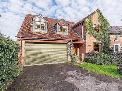 House for sale, Woodside Close