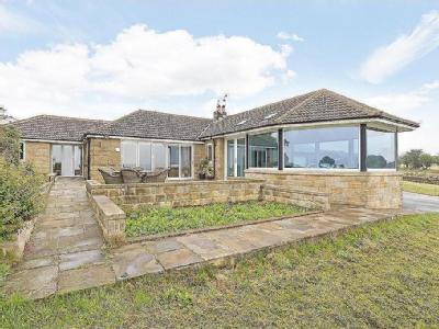 House for sale, Cross Lane - Cottage
