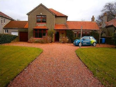 House to let, Beith, KA15 - Villa