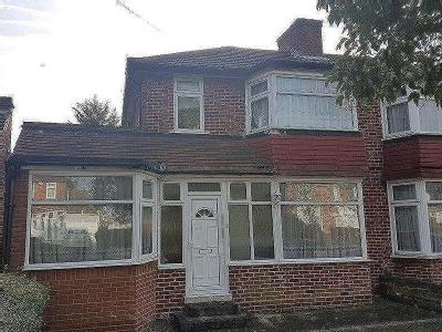 Broadcroft Avenue, Stanmore