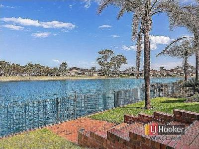 Keppel Grove, West Lakes