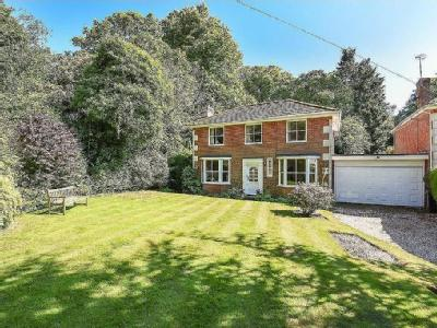 St Giles Close, Winchelsea, East Sussex TN36