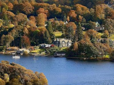 Waters Edge, Cannon Close, Bowness on Windermere, LA23