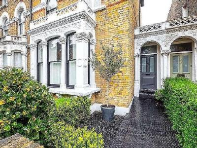 Digby Crescent, London, N4 - Terraced