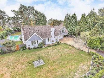 Lone Pine Drive, West Parley, BH22