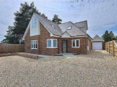 Moneyfly Road, Verwood, BH31 - Garden