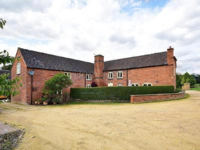7 The Hollies , Burntwood, WS7