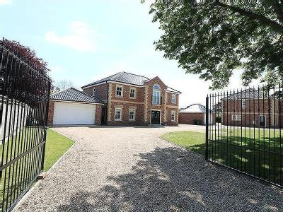 House for sale, Chestnut Drive