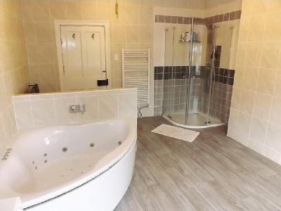 Property for sale, PE12 - Fireplace