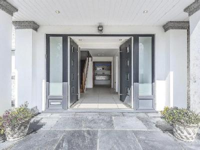 Property for sale, Sea Road - Balcony