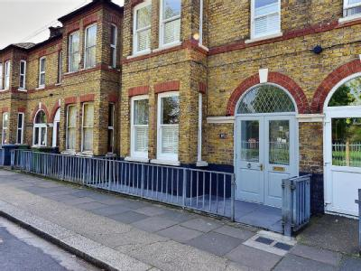 Bethell Avenue, London E16 - Garden