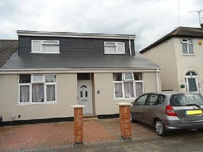 Huntingdon Road, off Gipsy Lane, Leicester, LE4