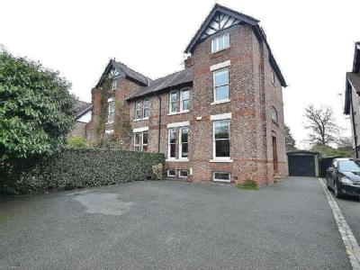 Harboro Road, Sale - Semi-Detached