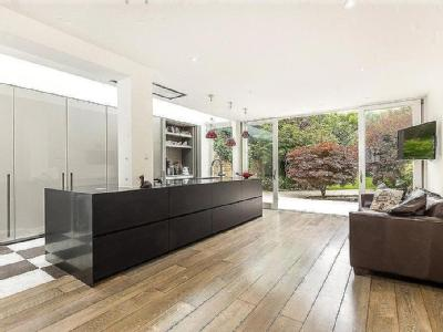 Castelnau, Barnes, SW13 - Refurbished