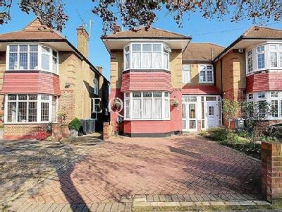 Kingsfield Drive, Enfield, EN3