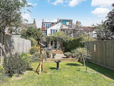 House for sale, Southwick - Garden