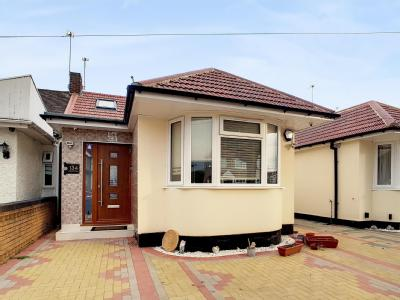 Allenby Road, Southall UB1 - Bungalow